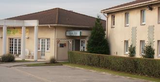 加莱罗杰斯小屋酒店 - 加来 - 建筑