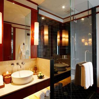 普吉岛安达拉别墅度假村 - 卡玛拉 - 浴室