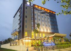 蓝宝石天空酒店及会议 - 当格浪 - 建筑
