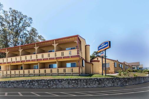 圣克鲁斯海滩浮桥豪生酒店 - 圣克鲁兹 - 建筑