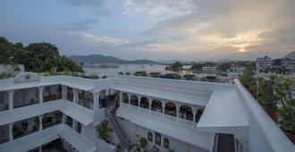 贾卡妮瓦皇宫酒店 - 乌代浦 - 海滩