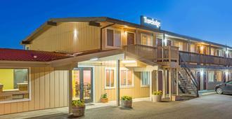 新港温德姆旅游旅馆 - 纽波特(俄勒冈州) - 建筑