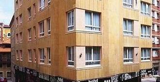 帕索斯希洪城市之家酒店 - 希洪 - 建筑