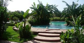 卡洛区域酒店 - 马拉喀什 - 游泳池