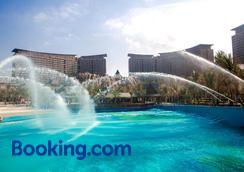 三亚湾红树林度假世界 - 木棉酒店 - 三亚 - 海滩
