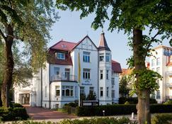 斯特瑞德布里克环形酒店 - 屈赫隆斯博尔恩 - 建筑