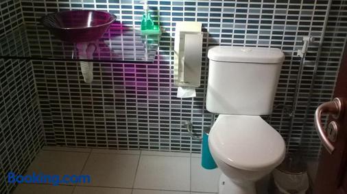 帕拉维达客栈 - 马塞约 - 浴室