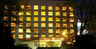 中心酒店 - 考纳斯