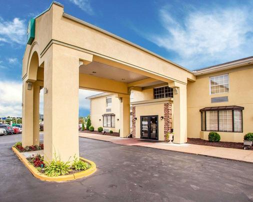 机场品质酒店 - 圣路易斯 - 建筑