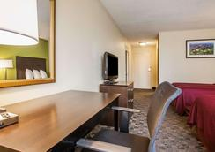 机场品质酒店 - 圣路易斯 - 睡房