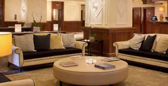 玛杰斯缇克星际酒店 - 都灵 - 客厅