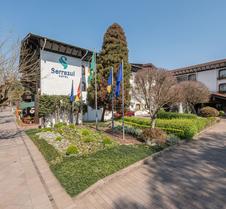 塞拉阿祖尔酒店