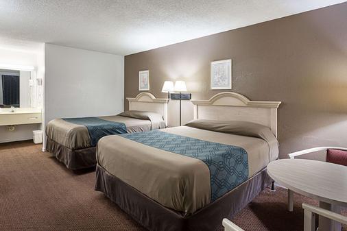 湖城罗德威酒店 - 湖城 - 睡房