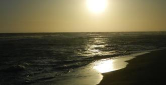美丽时光家庭旅馆 - 罗马 - 海滩