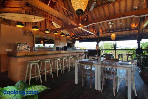 瑜伽寻找者巴厘岛度假村 - 乌鲁瓦图 - 酒吧