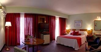Balmoral Plaza Hotel - 蒙得维的亚 - 睡房