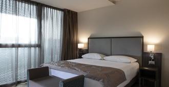 斯玛特假日酒店 - 威尼斯 - 睡房