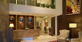 萨诺瓦波蒂科酒店 - 孟买 - 柜台