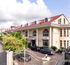 伊里恩别墅酒店