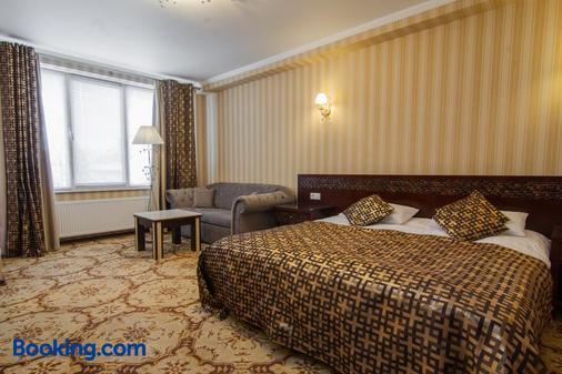 克拉希酒店 - 基希訥烏 - 睡房