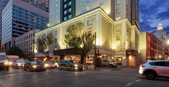 新奥尔良市中心拉金塔套房酒店 - 新奥尔良 - 建筑
