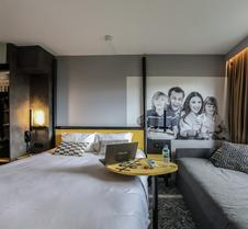 克莱蒙特费朗共和宜必思尚品酒店