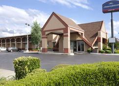 俄克拉荷马市温德姆豪生酒店 - 奥克拉荷马市 - 建筑