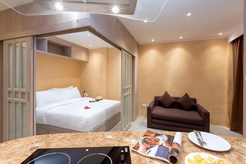 芭东海湾度假酒店 - 芭东 - 睡房