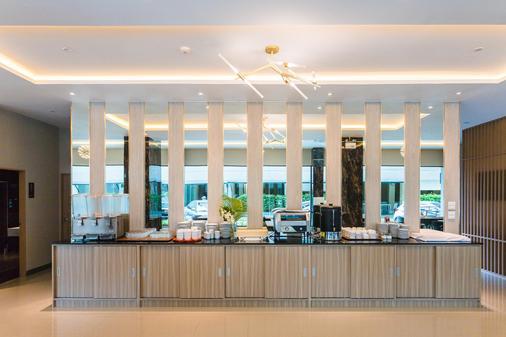 芭东海湾度假酒店 - 芭东 - 自助餐