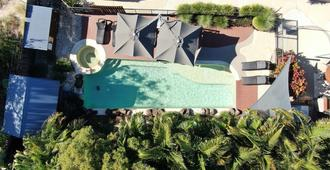 拜伦湾海滨小屋公寓式酒店 - 拜伦湾