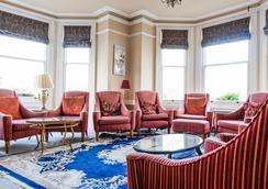 棕榈庭院酒店 - 伊斯特布恩 - 休息厅