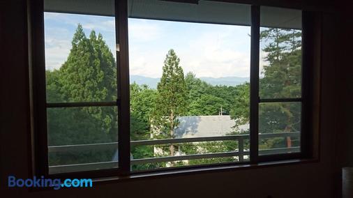 橡树林酒店 - 白马村 - 阳台