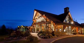 普莱西德湖皇冠假日酒店 - 普莱西德湖 - 建筑