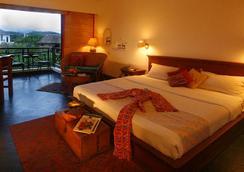 博卡拉村香格里拉酒店 - 博卡拉 - 睡房