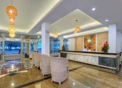 塔诺阿国际日期变更线酒店 - 努库阿洛法 - 柜台