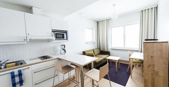 图洛塔公寓 - 赫尔辛基 - 厨房