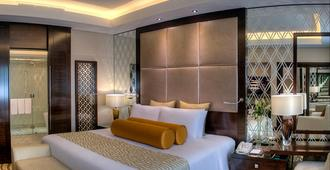 迪拜迪尔拉皇冠假日酒店 - 迪拜 - 睡房