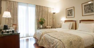 贝斯特韦斯特伊利西亚酒店 - 雅典 - 睡房