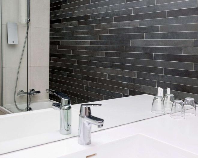 凯瑞华晟码摩利夫酒店及会议中心 - 马尔默 - 浴室