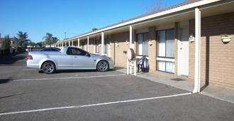 乡村之家汽车旅馆 - 谢珀顿 - 建筑