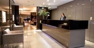 巴塞罗那泽尼特酒店 - 巴塞罗那 - 柜台