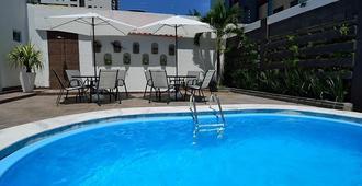 波伊邦八坦波旅馆 - 若昂佩索阿 - 游泳池