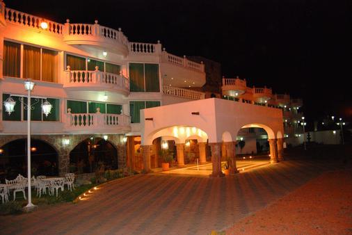 最佳西方托卢卡酒店 - 托卢卡 - 建筑