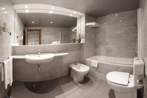 欧尼斯兰布拉酒店 - 巴塞罗那 - 浴室