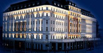布拉迪斯拉发丽笙布鲁卡尔顿酒店 - 布拉迪斯拉发 - 建筑