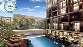 曼谷阿卡迪亚套房酒店 - 曼谷 - 游泳池