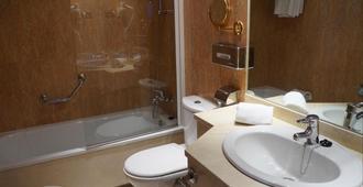 塞尔科蒂尔阿尔卡拉611酒店 - 马德里 - 浴室