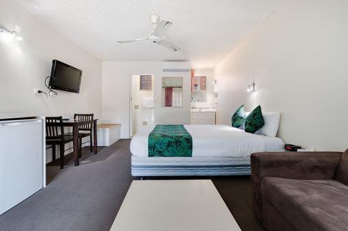 科夫斯港太平洋棕榈汽车旅馆 - 科夫斯港 - 睡房