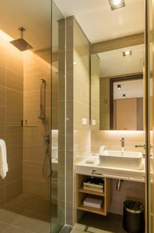 马六甲松树酒店 - 马六甲 - 浴室