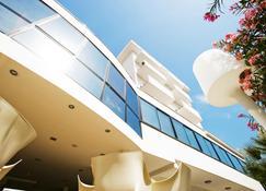 蒂芙尼度假酒店 - 切塞纳蒂科 - 建筑